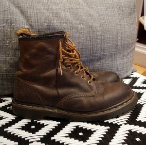 Doc martens 9.5 dr brown boots